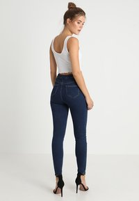 Missguided - VICE HIGHWAISTED - Jeans Skinny Fit - vintage blue - 2