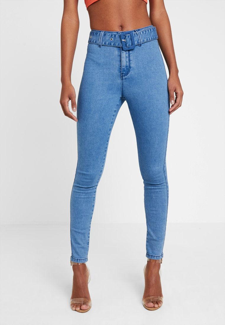 Missguided - SELF FABRIC BELTED VICE - Vaqueros pitillo - blue