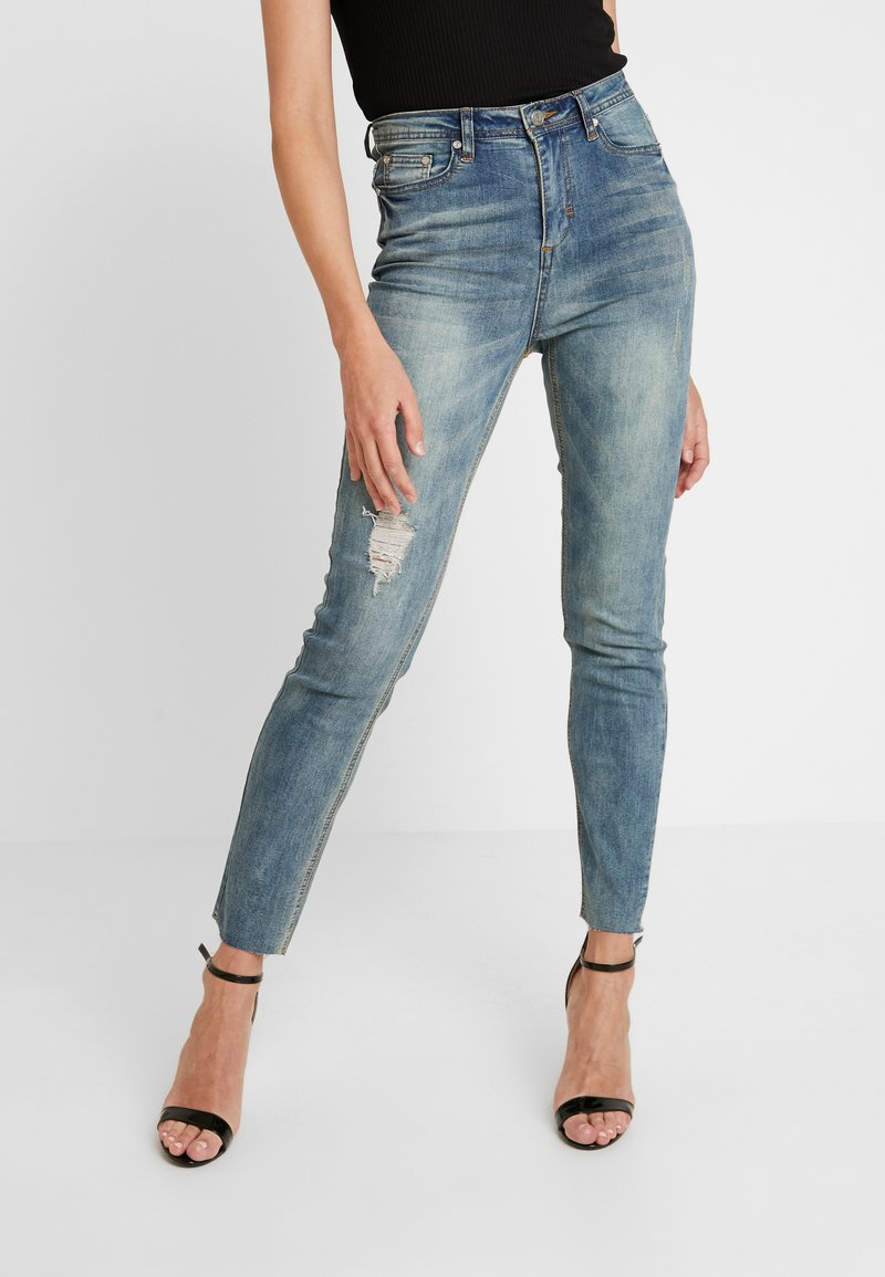 Missguided - SINNER SINGLE KNEE RIP VINTAGE - Jeans Skinny Fit - blue