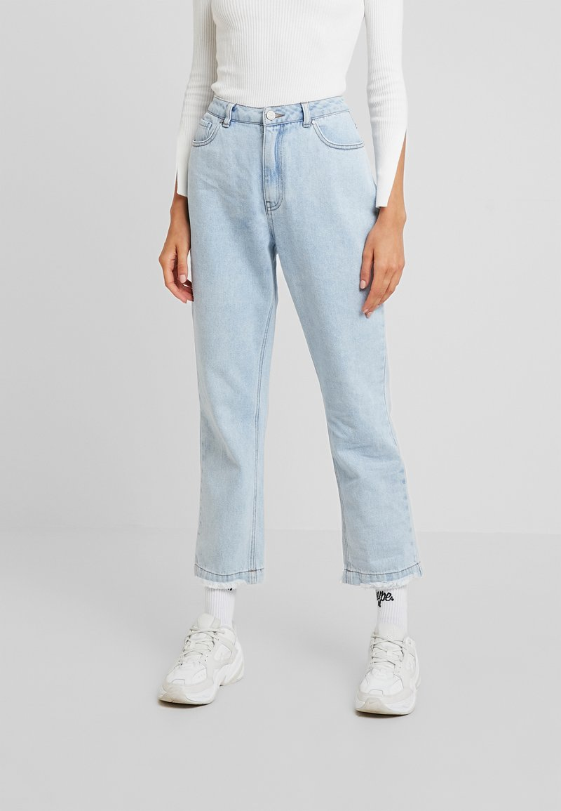 Missguided - WRATH HIGH WAISTED - Straight leg jeans - light wash