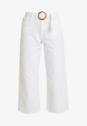 TORTOISE SHELL BELTED WIDE LEG - Flared Jeans - white