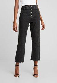Missguided - WRATH BUTTON HIGH RISE STRAIGHT LEG - Jeans straight leg - black - 0