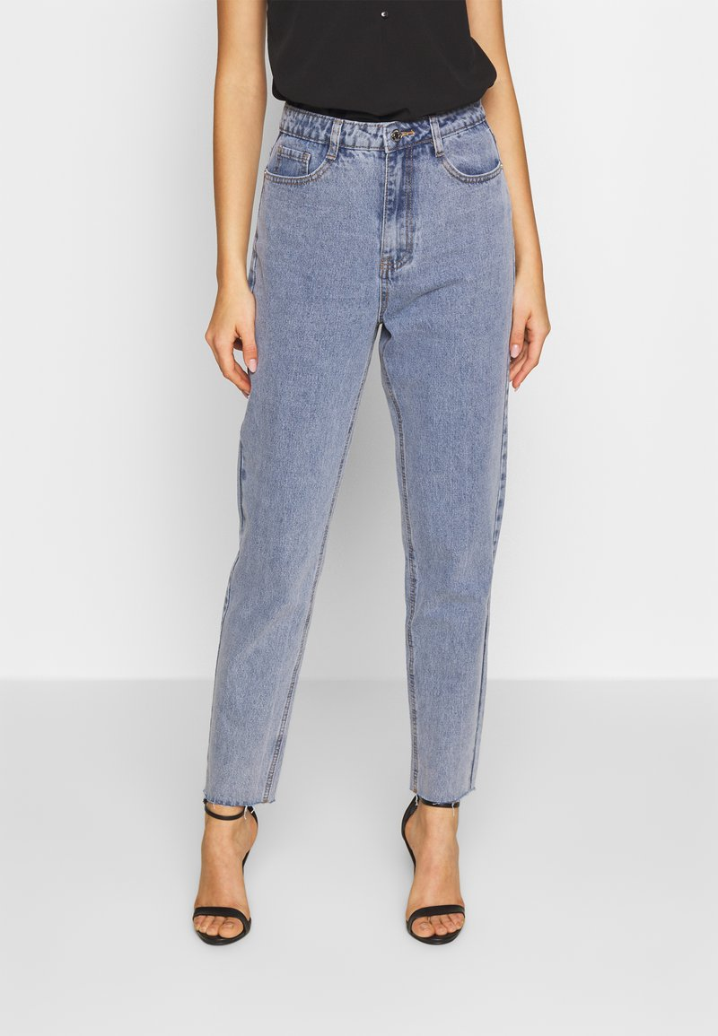 Missguided - STONEWASH RAW HEM - Jeans Tapered Fit - denim blue