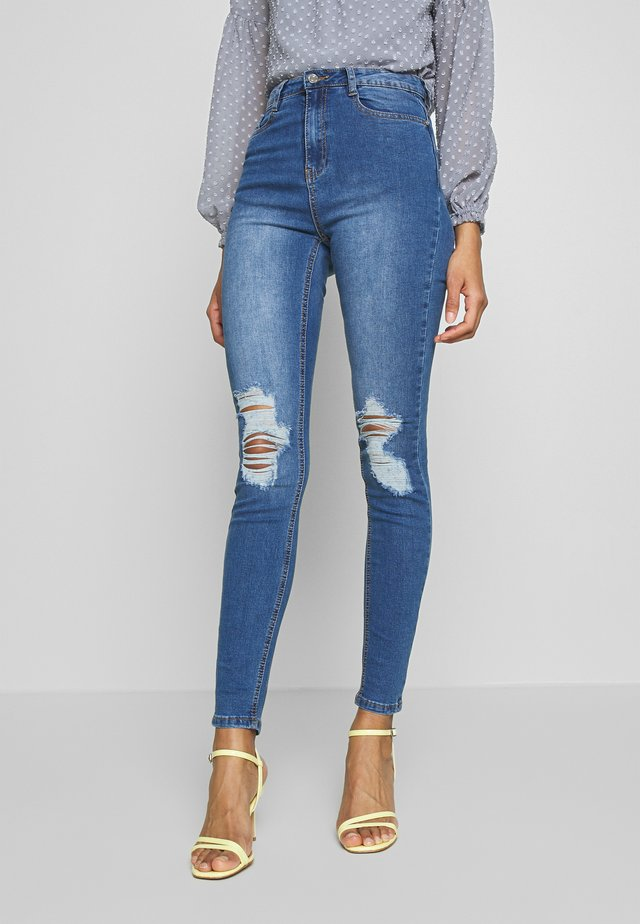 SINNER DISTRESS KNEE HIGH WAIST - Jeans Skinny Fit - light blue