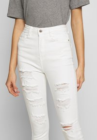 Missguided - SINNER EXTREME - Jeans Skinny - white - 6