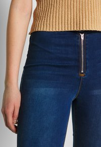 Missguided - VICE EXPOSED ZIP BUTTON DETAIL - Jeans Skinny - new indigo - 4