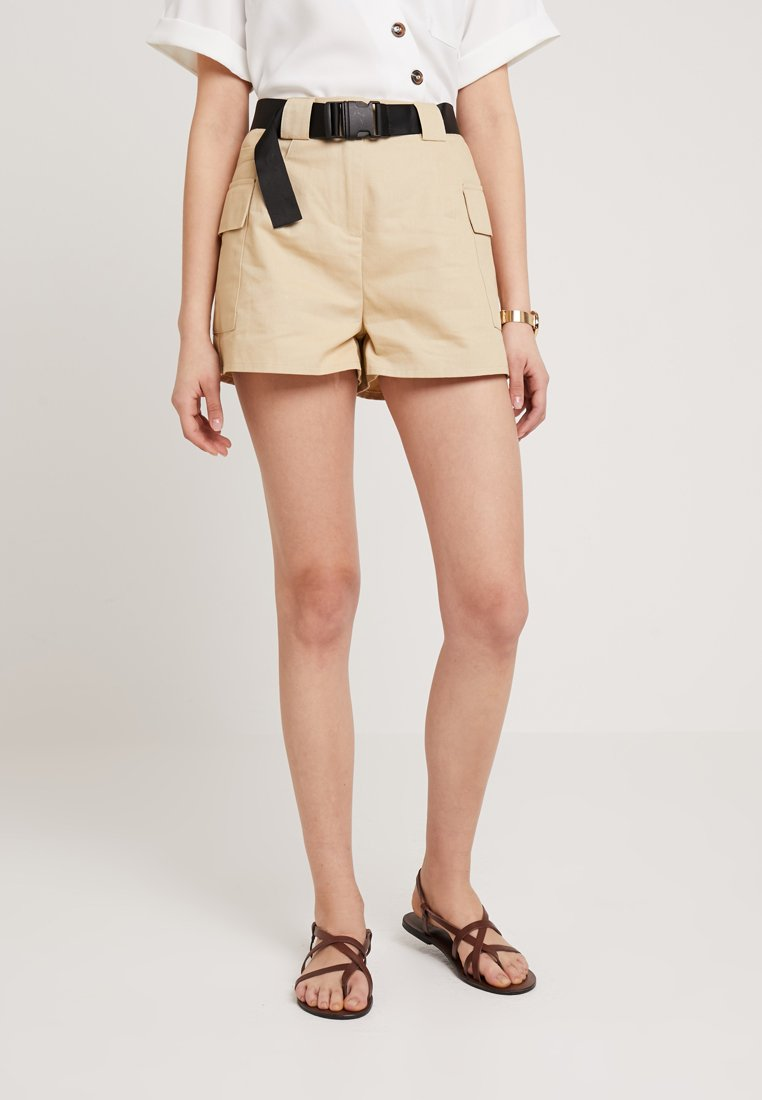 Missguided - WITH POCKET DETAILING AND BELT - Shorts - stone