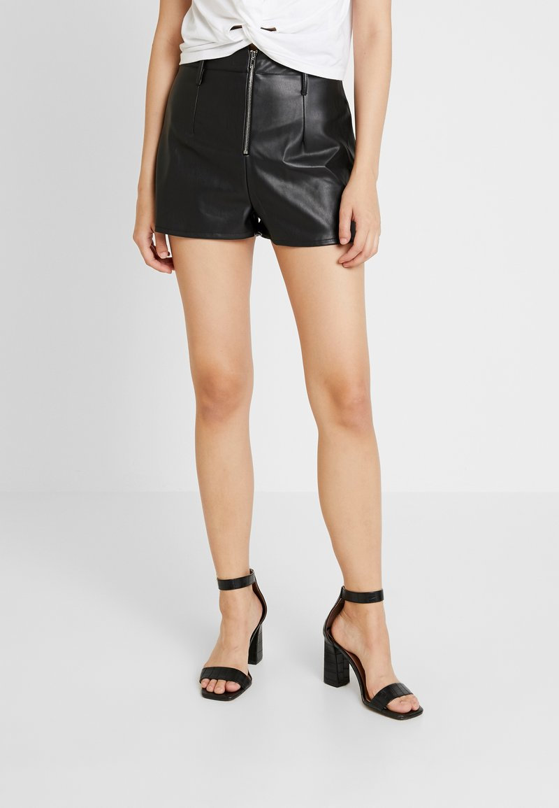 Missguided - EXPOSED ZIP HIGH WAISTED - Shorts - black