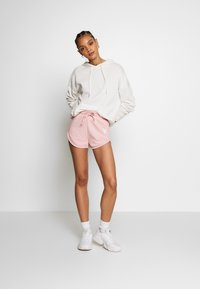 Missguided - PLAYBOY LOUNGE RUNNER  - Kraťasy - pink - 1