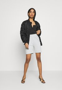 Missguided - Shorts - grey - 1