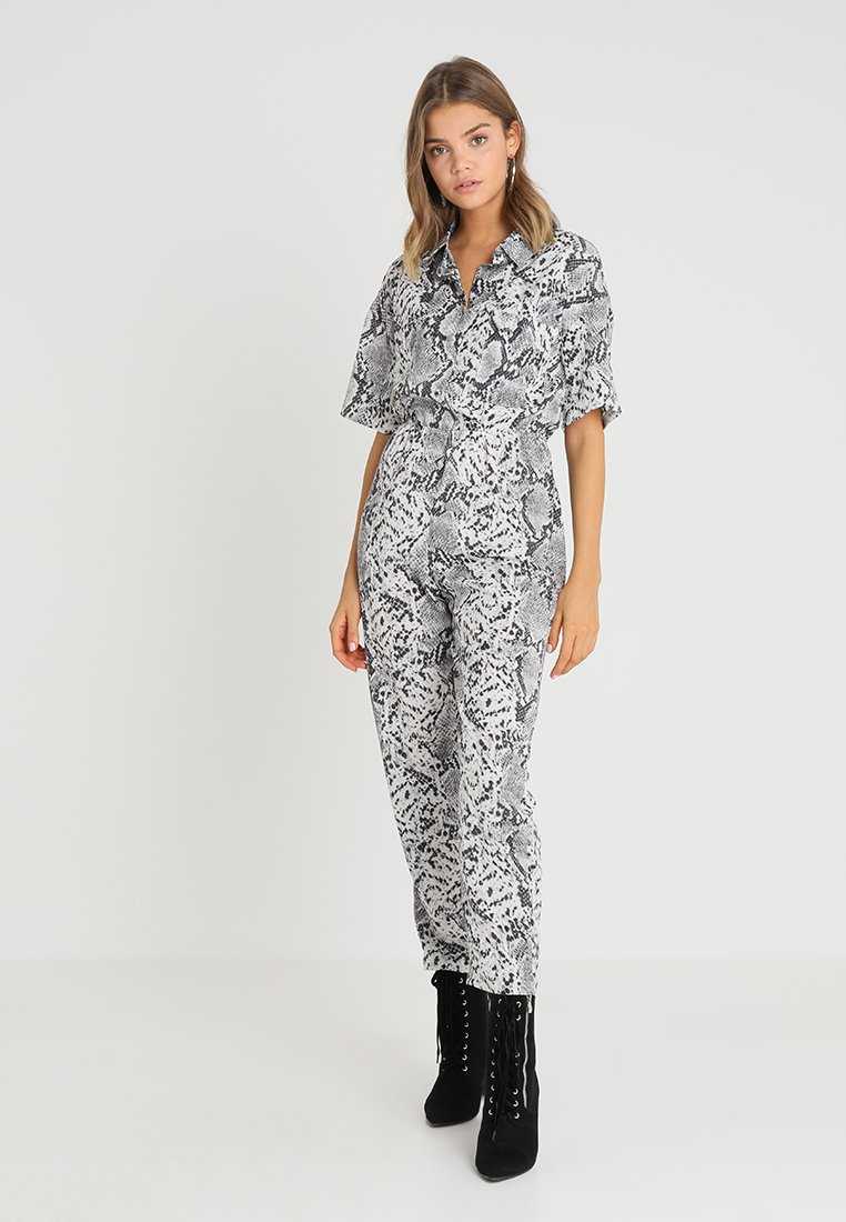 Missguided - SNAKEPRINT - Jumpsuit - grey