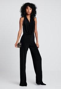 Missguided - SLINKY HALTER COWL  - Tuta jumpsuit - black - 2