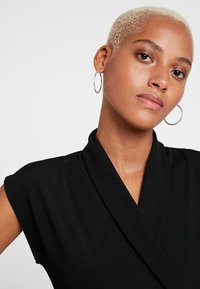 Missguided - LAPEL TIE DETAIL - Tuta jumpsuit - black - 4