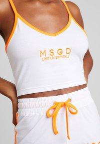Missguided - SLEEVELESS ROUND NECK CROP RUNNER SET - Shorts - white/orange - 3