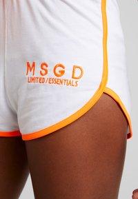 Missguided - SLEEVELESS ROUND NECK CROP RUNNER SET - Shorts - white/orange - 5