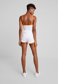 Missguided - SLEEVELESS ROUND NECK CROP RUNNER SET - Shorts - white/orange - 2