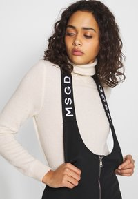 Missguided - SKI SALOPETTES - Bukse - black - 3
