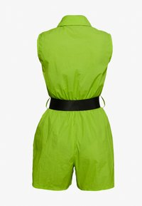 Missguided - FESTIVAL EXCLUSIVE SHELL SEATBELT PLAYSUIT - Jumpsuit - neon green - 1