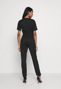 Missguided - WRAP JUMPSUIT - Tuta jumpsuit - black - 2