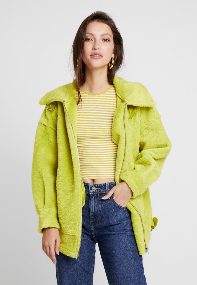 ULTIMATE AVIATOR - Classic coat - lime green