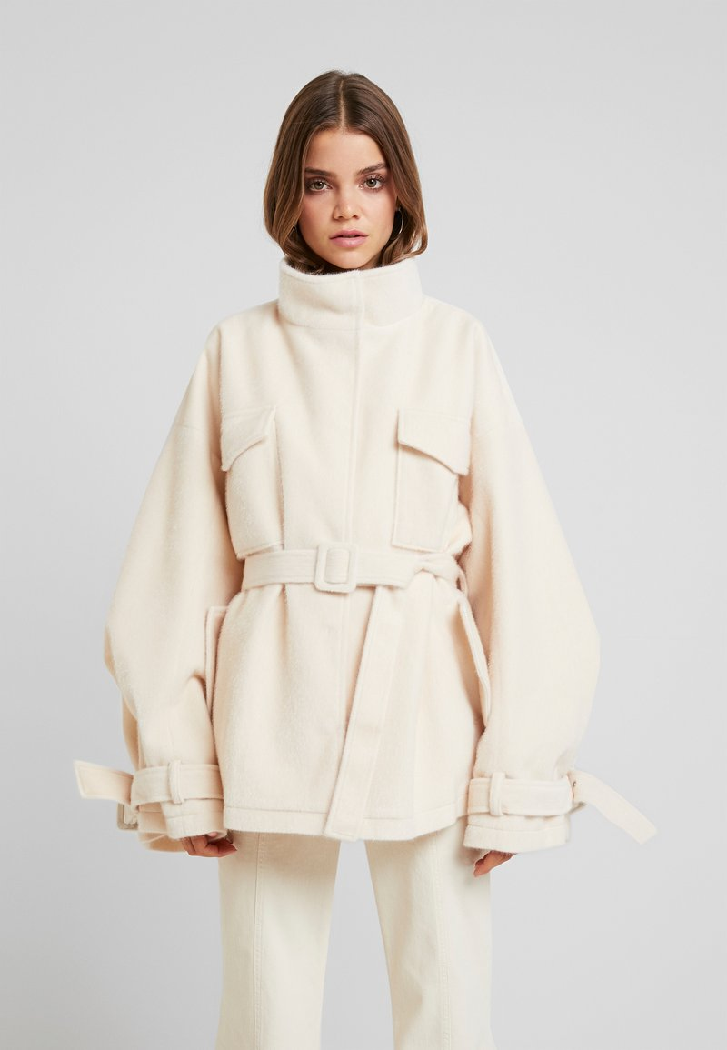 Missguided - BELTED UTILITY  COAT - Leichte Jacke - cream