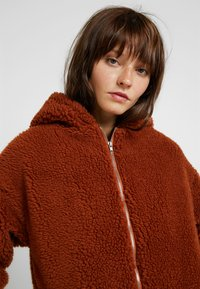 Missguided - HOODED ZIP THROUGH COAY - Mantel - rust - 3