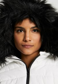 Missguided - SKI NEON PADDED JACKET - Giacca invernale - white - 4