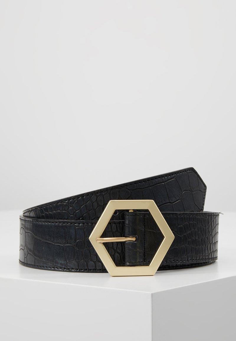 Missguided - HEXAGON BUCKLE CROC DETAIL BELT - Belt - black