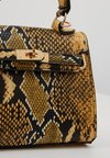 Missguided - SNAKE MINI HANBAG - Handtasche - yellow