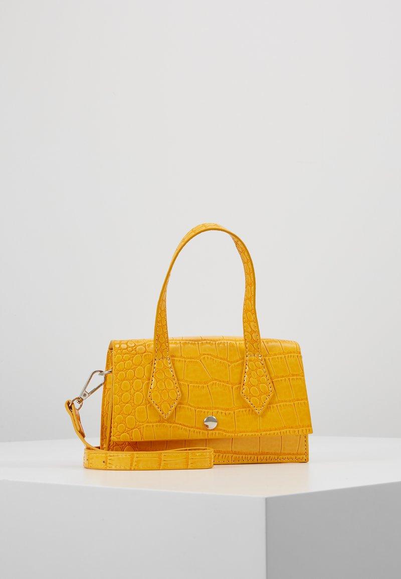Missguided - MINI CROC HANDLE DETAIL BELT BAG - Handbag - yellow