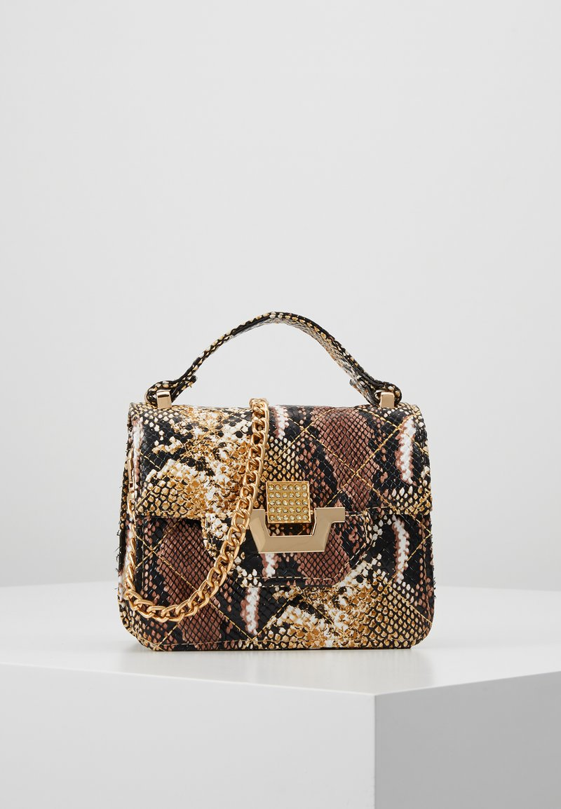 Missguided - MINI QUILTED SNAKE HANDBAG - Bolso de mano - brown