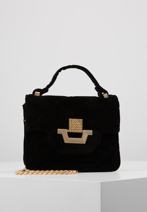 CHAIN DETAIL HANDLE QUILTED VELVET MINI BAG - Kabelka - black