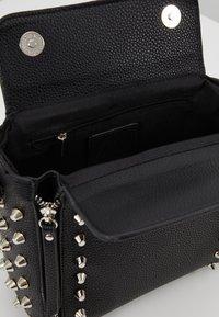 Missguided - STUD DETAIL CROSS BODY BOX BAG - Handbag - black - 4