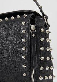 Missguided - STUD DETAIL CROSS BODY BOX BAG - Handbag - black - 6