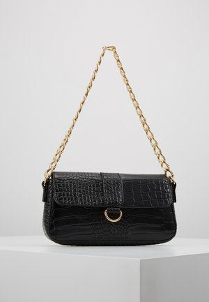 CHAIN STRAP CROC HANDBAG - Sac à main - black