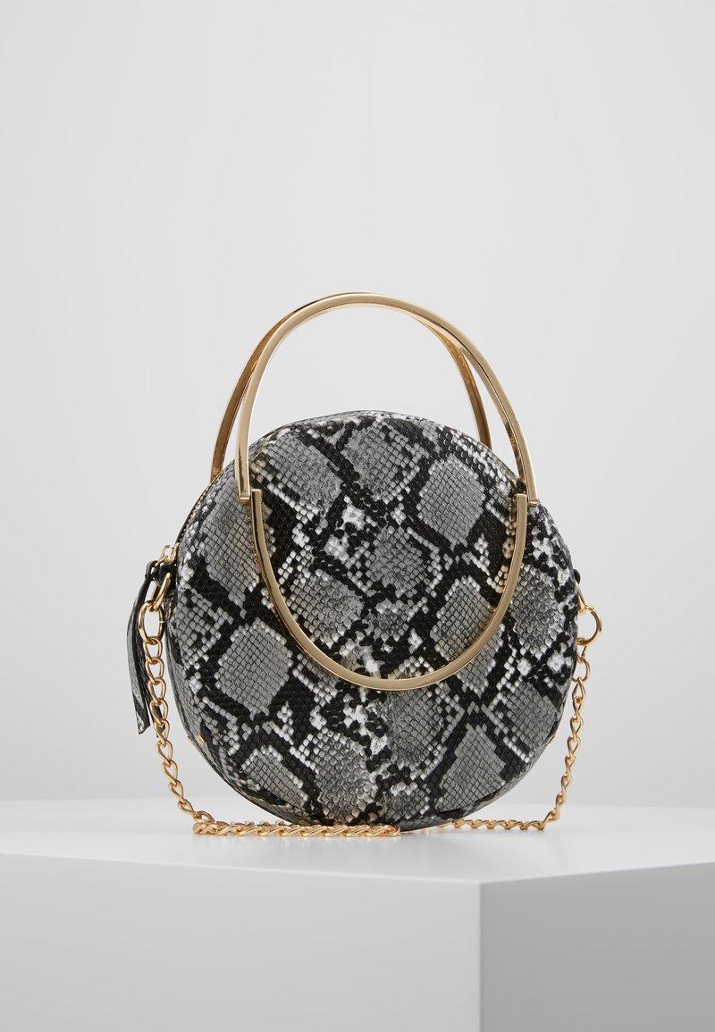 Missguided - ROUND SNAKE CROSS BODY BAG - Handbag - grey