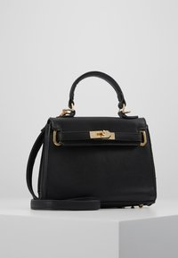 Missguided - CLASP DETAIL CROSS BODY HANDBAG MINI HANDBAG - Handtas - black - 0