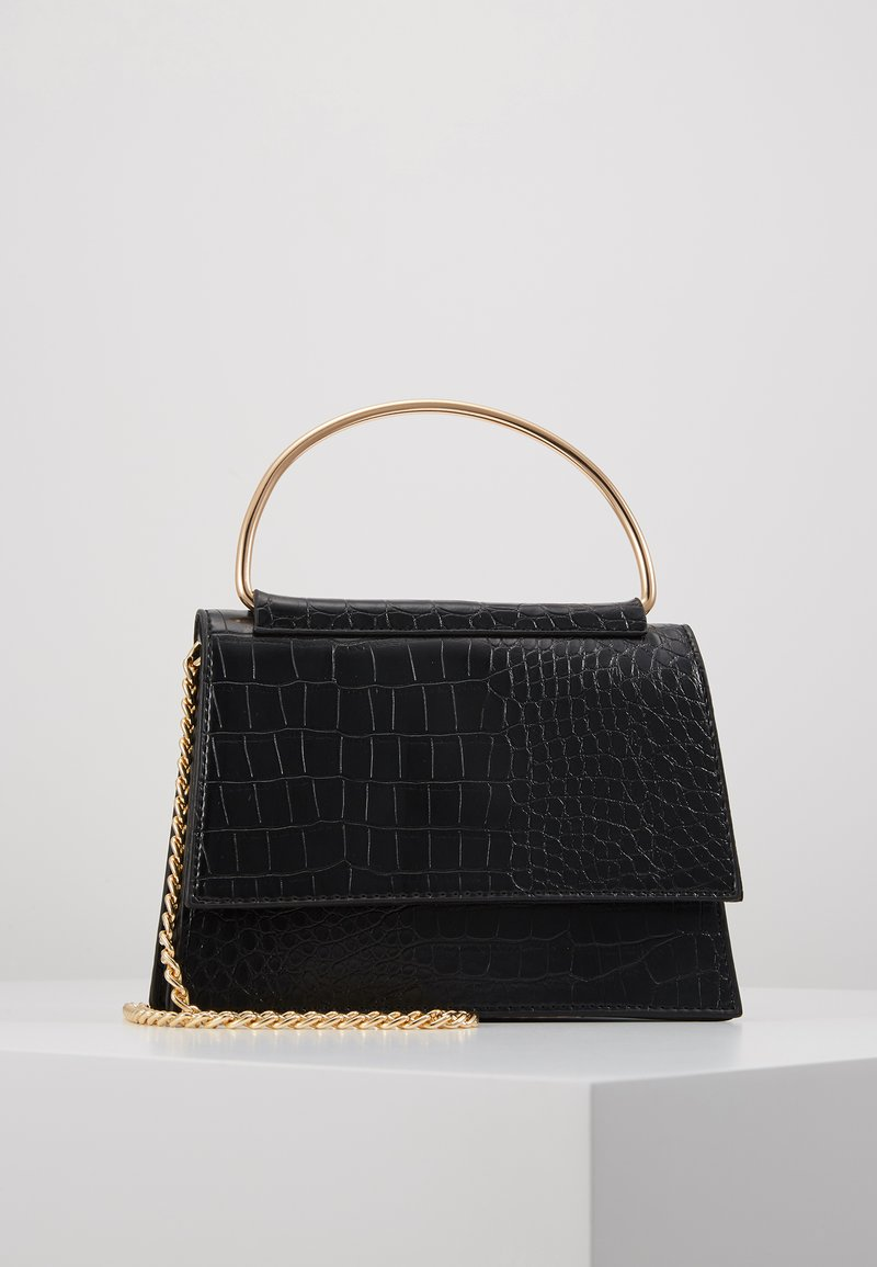 Missguided - BAR DETAIL SNAKE CHAIN BOXY HANDBAG - Handbag - black