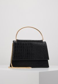 Missguided - BAR DETAIL SNAKE CHAIN BOXY HANDBAG - Torebka - black - 0