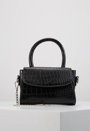 MINI BAG WITH REMOVABLE CHAIN - Käsilaukku - black