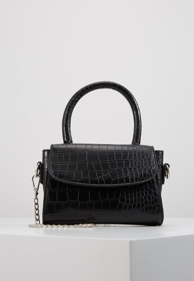 MINI BAG WITH REMOVABLE CHAIN - Handtas - black