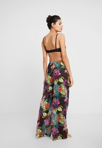 Missguided - TROPICAL FLORAL TROUSER - Strandaccessories - black - 2