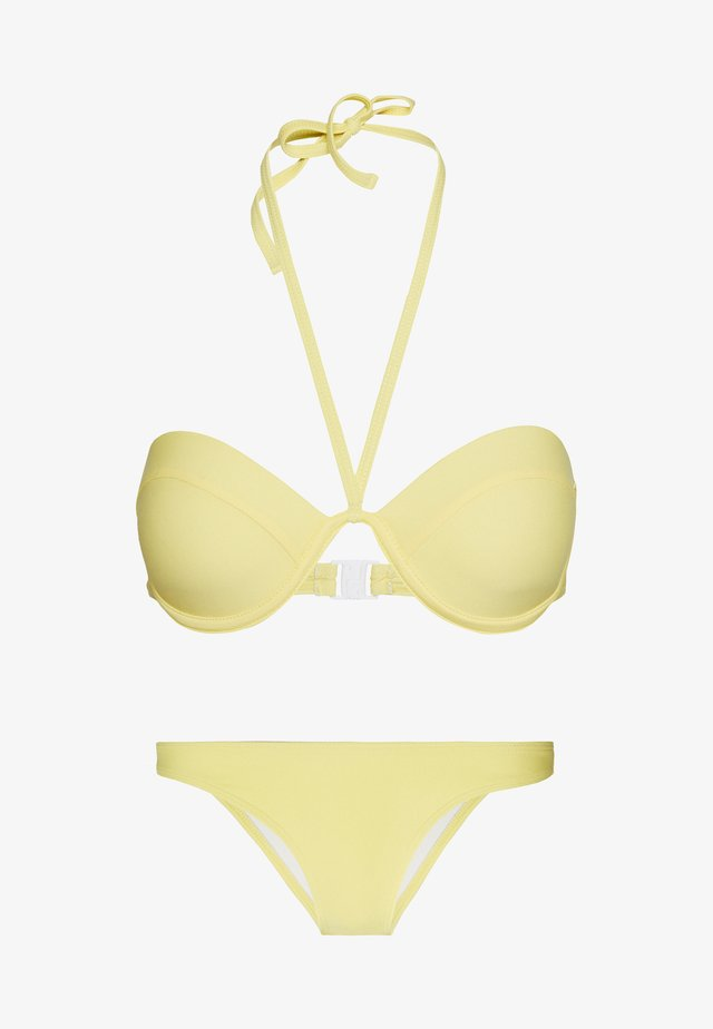 HALTER NECK MOULDED CLASP BACK TOP AND BOOMERANG BOTTOMS SET - Bikini - yellow