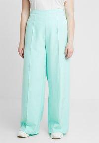 Missguided Plus - CURVE CIGARETTE TROUSER - Kalhoty - mint green - 0