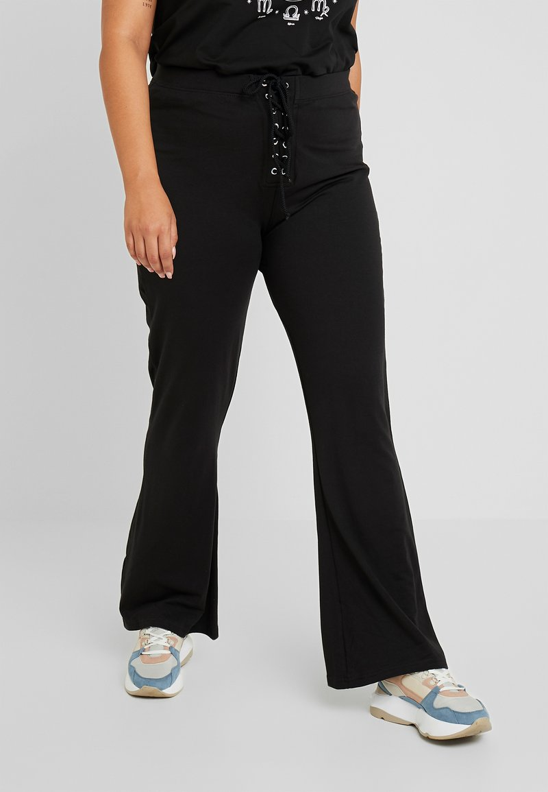 Missguided Plus - WAIST FLARED TROUSERS - Stoffhose - black