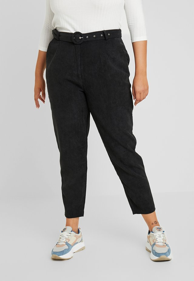 HIGH WAISTED BELTED TROUSERS - Stoffhose - black