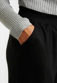Missguided Plus - COMBAT WIDE LEG TROUSERS - Trousers - black - 3