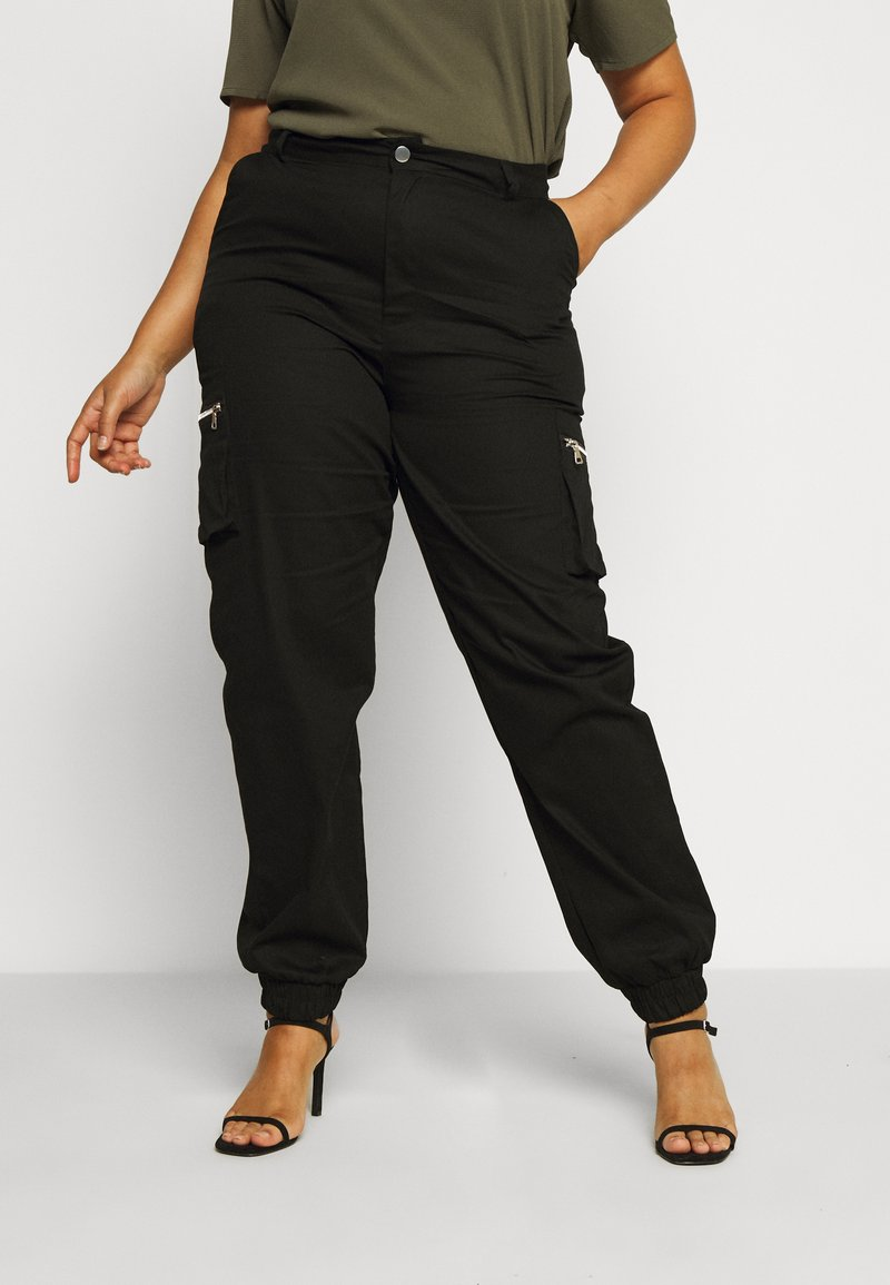 Missguided Plus - PLUS SIZE ZIP POCKET CARGO TROUSER - Cargo trousers - black