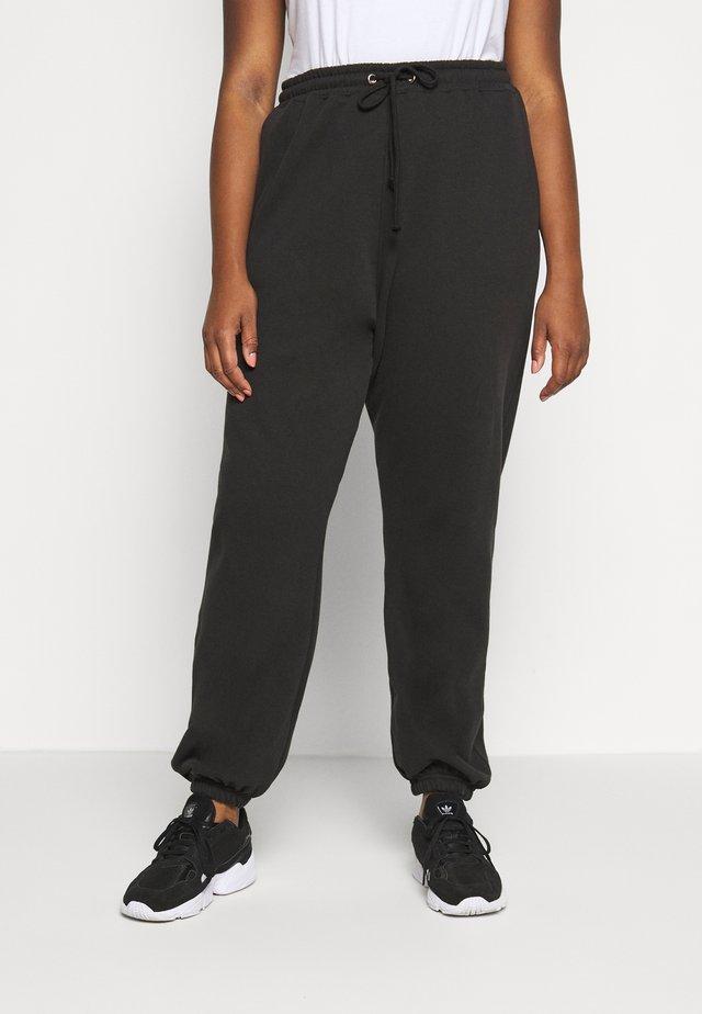 PLUS SIZE 90S JOGGERS - Pantaloni sportivi - black