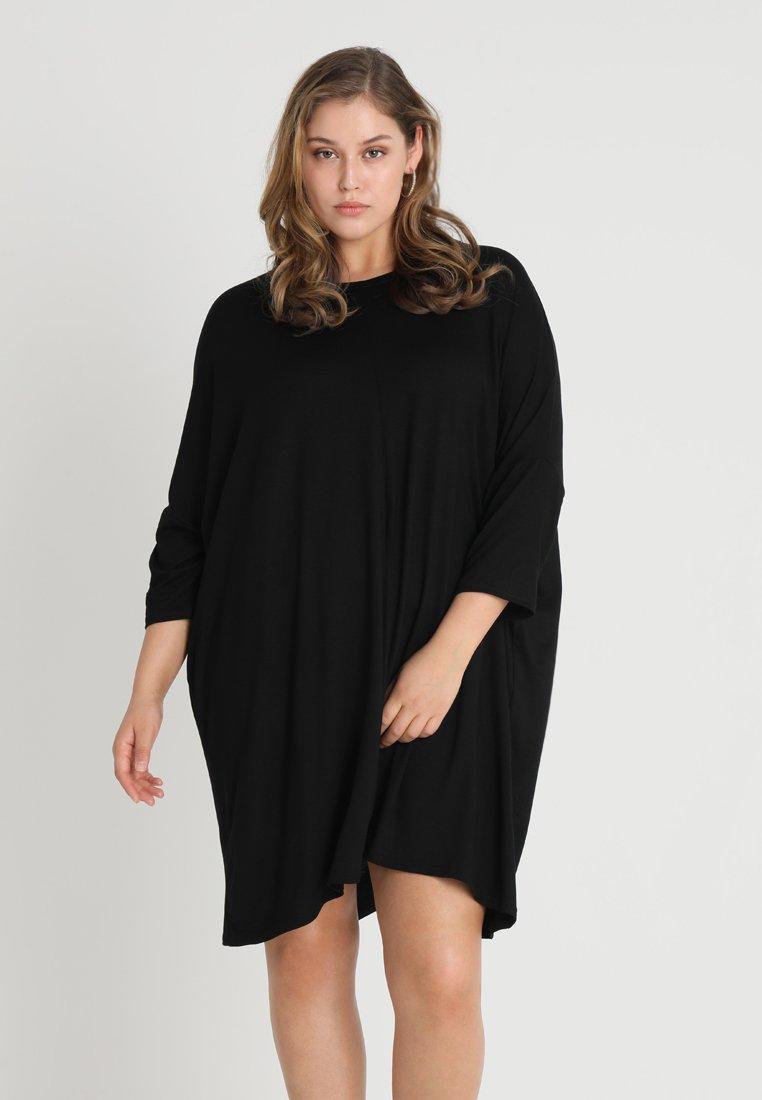 Missguided Plus - OVERSIZED T-SHIRT DRESS - Jerseykleid - black